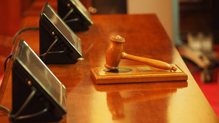 judge table and gavel