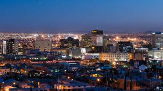 el paso at night